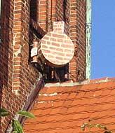 Sztuka kamuflażu - instalacja anten na budynkach zabytkowych